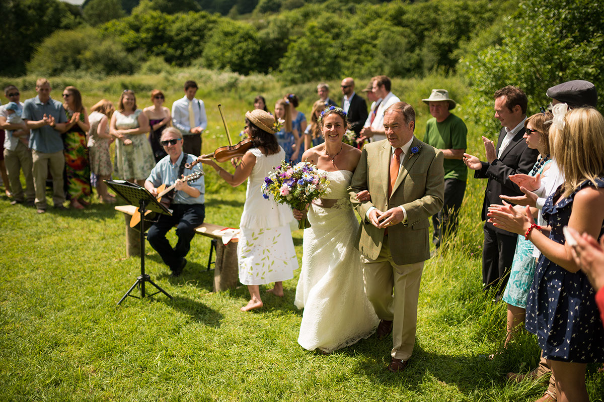 Poppy + Wren in Dorset- www.benpipeweddings.com