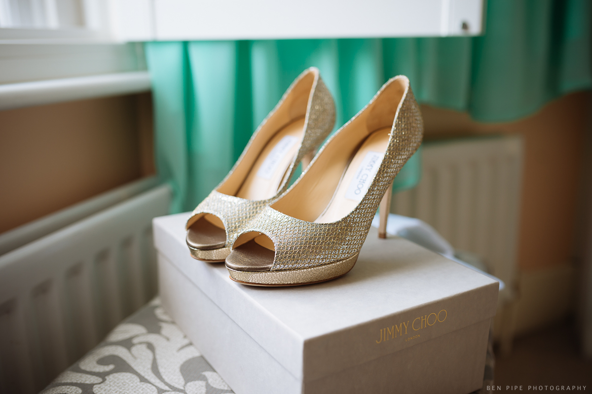 wedding preparations brides shoes london