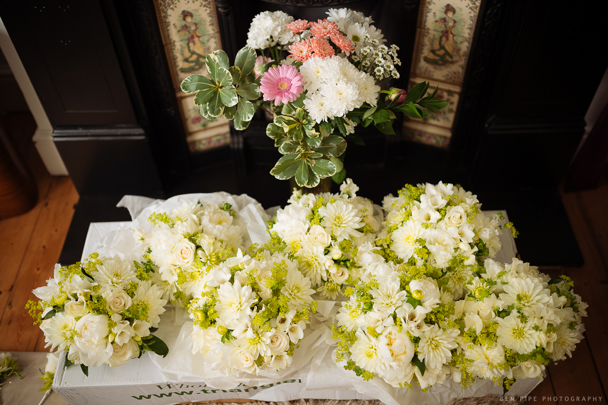 wedding preparations brides flowers floristry